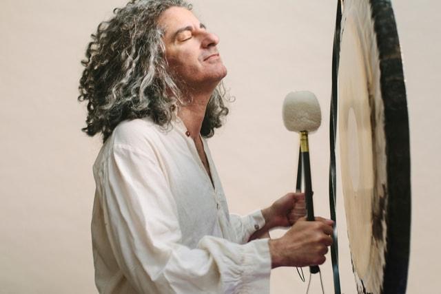 sound meditation - alexandre tannous