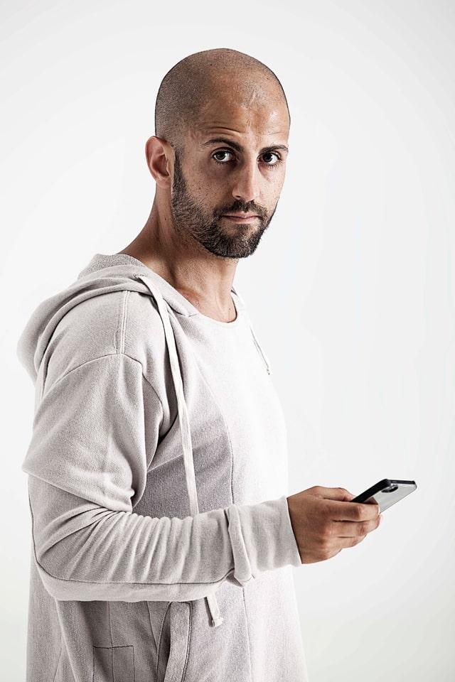 Experimento social para aprender cómo utilizar mejor el smartphone: aprender a vivir sin usar el teléfono durante un tiempo...