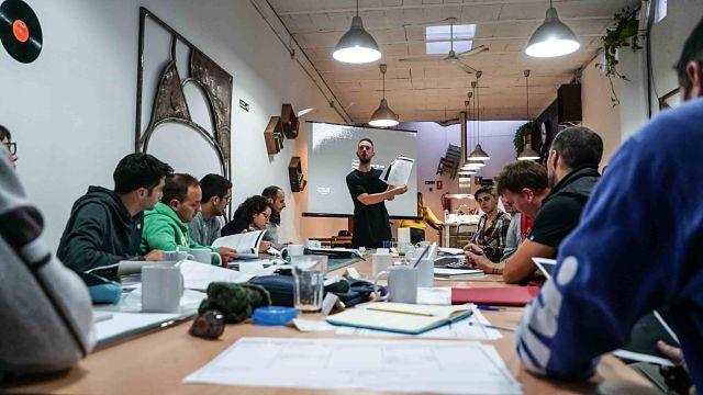 Por qué Stand OUT Program es la mejor alternativa en formación profesional y en educación disruptiva