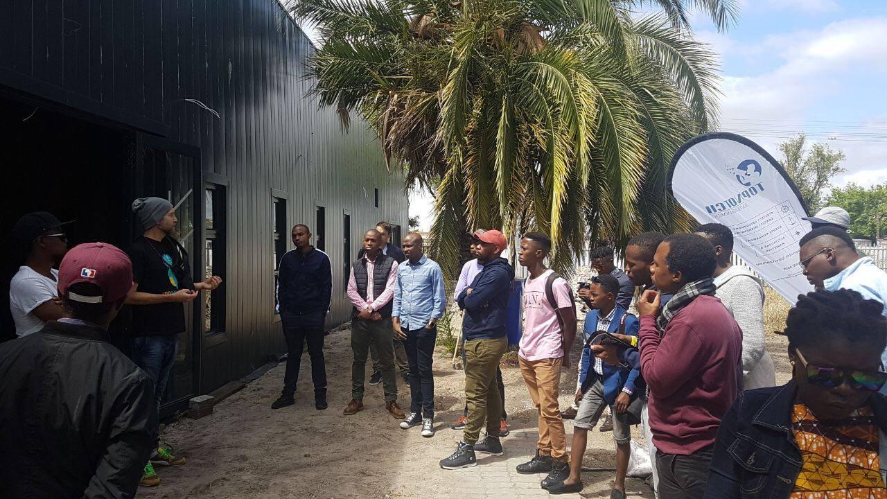 Bridges for Music Academy en Langa Sudáfrica, ciudad del cabo, construida gracias a agentes del cambio desinteresados...