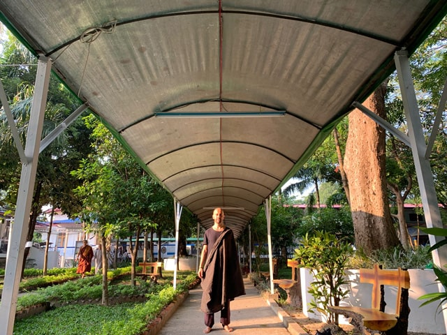 Retiro de meditación vipassana - Isra García