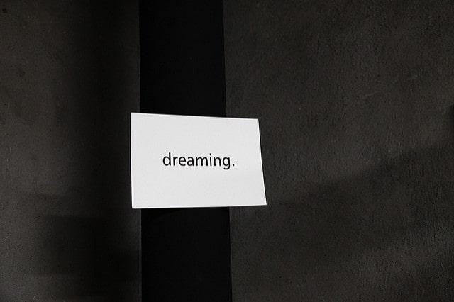 el problema de soñar despiertos