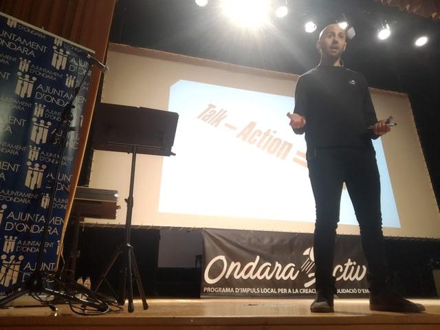 Acción - Isra García speaker