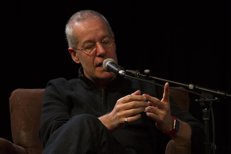 Cómo ser un estoico - entrevista a Massimo Pigliucci en Castellano