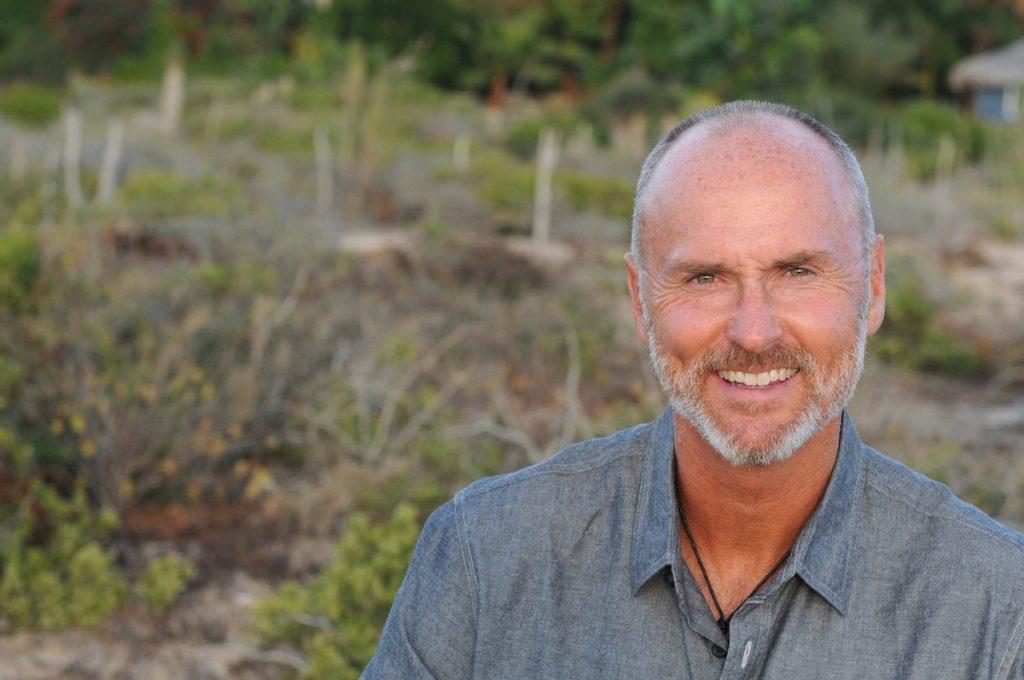 entrevista a Chip Conley - podcast sobre liderazgo y sabiduría y disrupción
